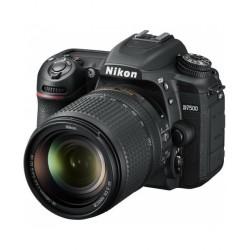 Nikon D7500 18-140mm f/3.5-5.6G ED VR